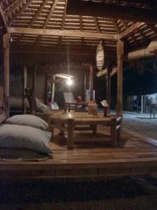 terrasje bij avond (2)