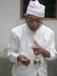 3 mnd priest